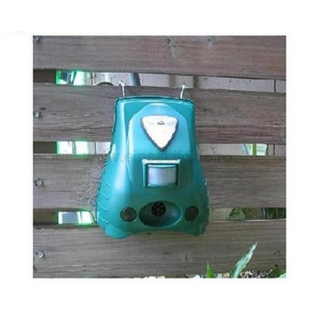 Ultrasunete, alarma acustica si flash pt. limitarea accesului cainilor (40 mp) - REP20