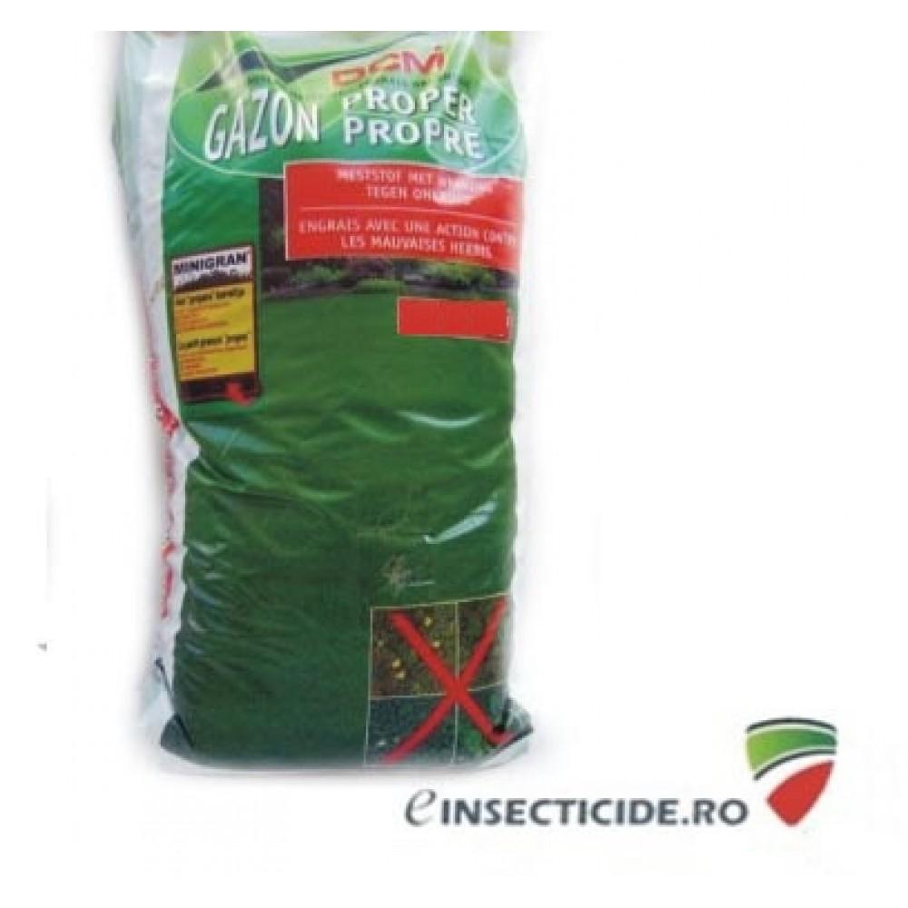 Ingrijirea gazonului cu fertilizantul NPK 8-6-7+3 MgO DCM pe baza de materii organice (10 Kg)