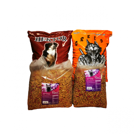 Pachet complet format dn  1 sac hrana caini de la Greedy , 10 kg, 1 sac de la Hector 10 kg si 2 saci hrana pisica de la Finci de 3 si 5 kg